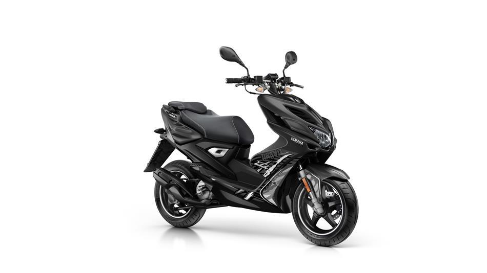 Yamaha Aerox R Naked 2013 de segunda mano por 2.500 € en